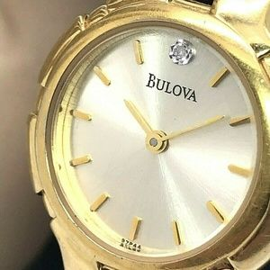 Bulova 97P44 Gold Tone Quartz Women's Watch 25mm